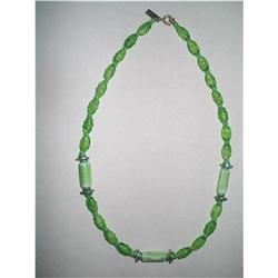 Vintage Apple Green Art Glass Choker Necklace #2376037