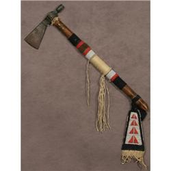 Pipe tomahawk with iron head