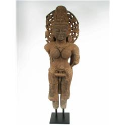 A SUPERB INDIAN SANDSTONE SCULPTURE, c.11-12t