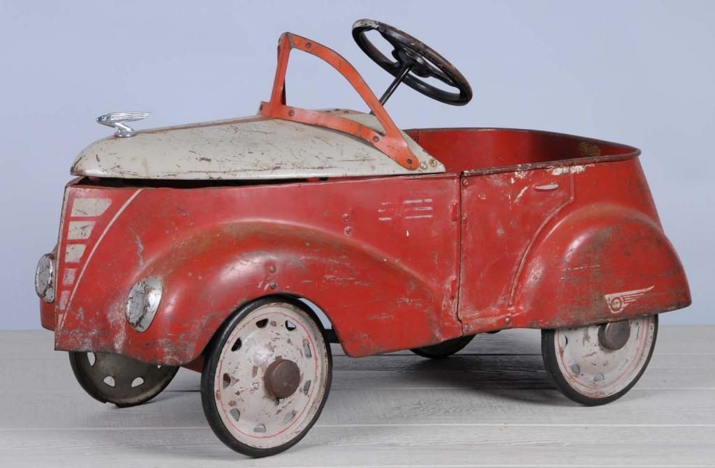 Gendron Ford Skippy Pedal Car