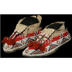 Sioux Moccasins and Leggin Strips
