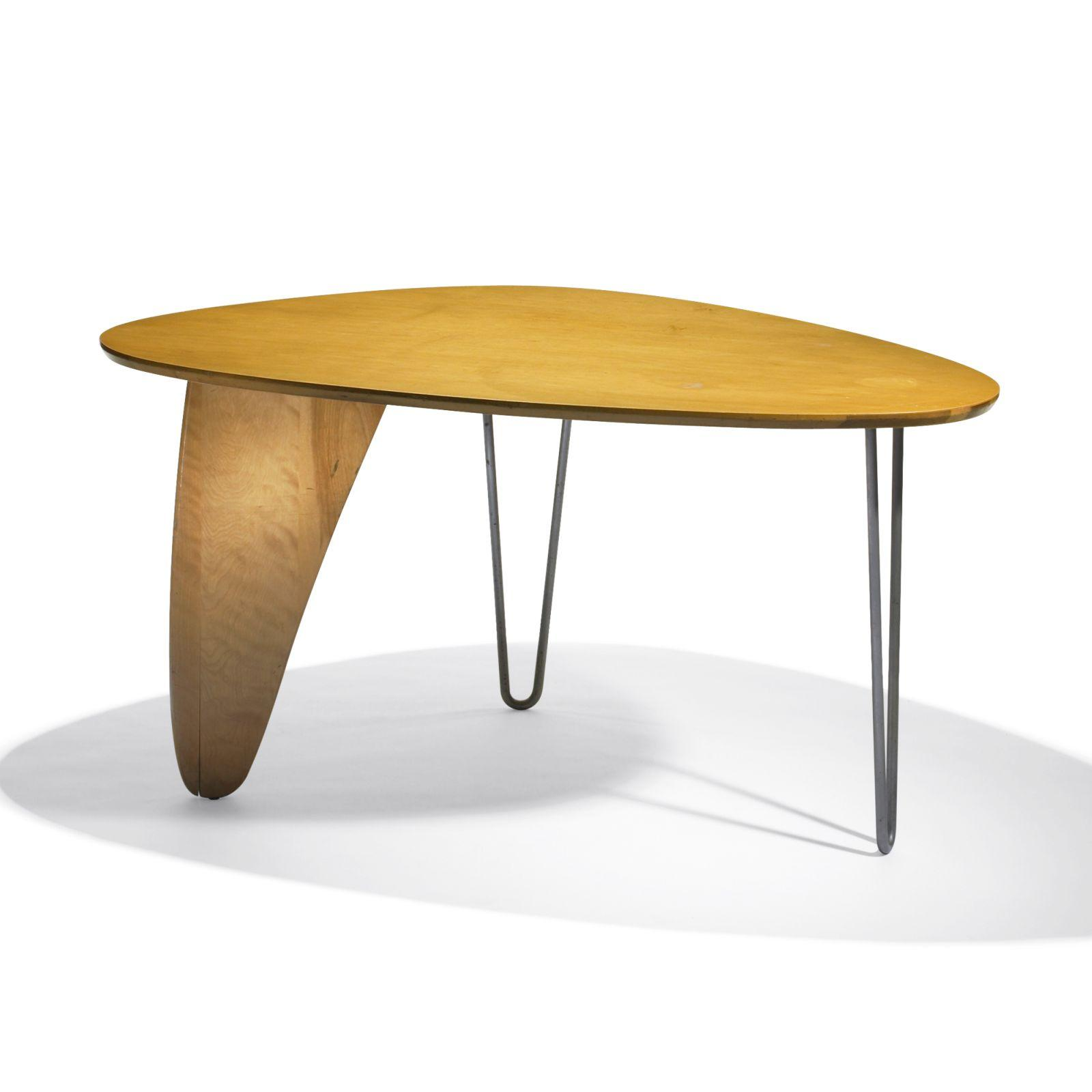 Isamu Noguchi Rudder dining table, model IN-20