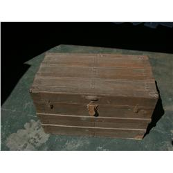 Halloween II Brown Wood Trunk Movie Props