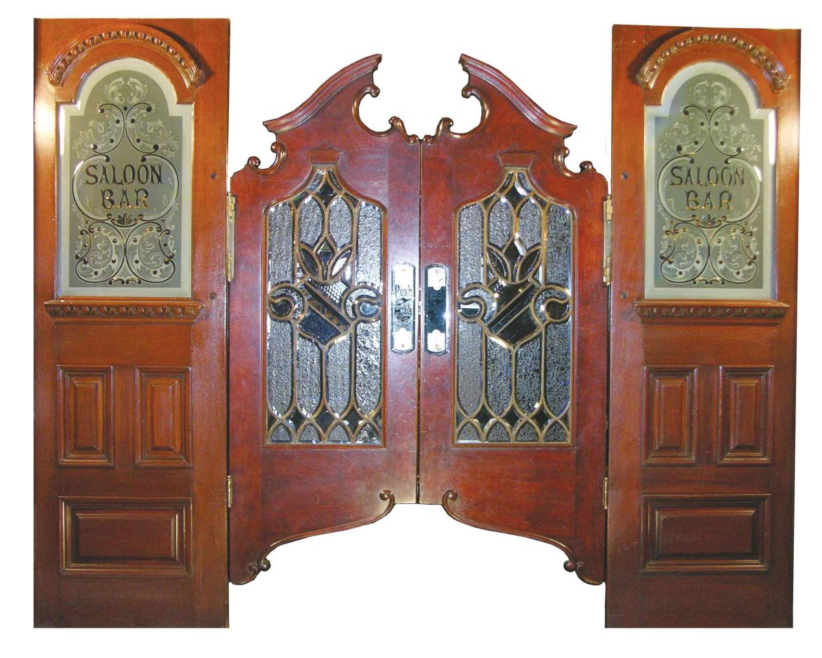 Image 1 : Solid Mahogany Swinging Saloon Doors - Solid Mahogany Swinging Saloon Doors