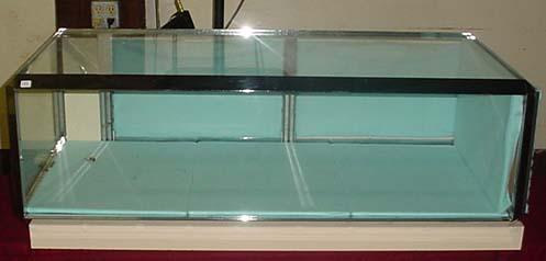 Image 1 : TABLE TOP GLASS DISPLAY CASE W/ KEY   One Side Pie