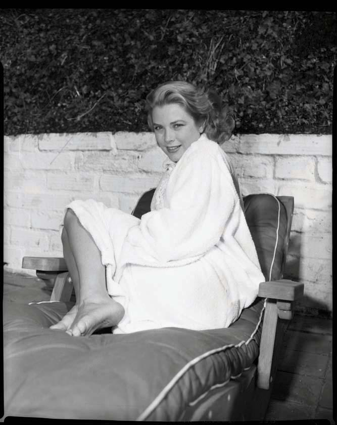 grace kelly black and white camera negatives and proof. Black Bedroom Furniture Sets. Home Design Ideas