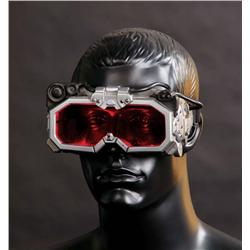 Hero illuminating infrared goggles from Hollow Man