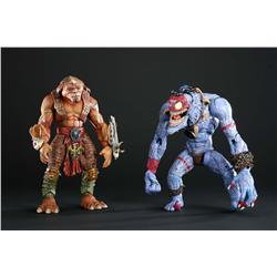 "Screen-used ""Archer"" and ""Insaniac"" Gorgonite animatronic puppets from Small Soldiers"