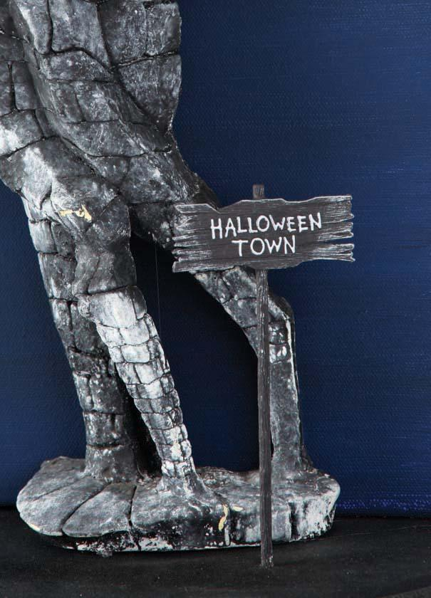 screen used halloween town gate from the nightmare before christmas