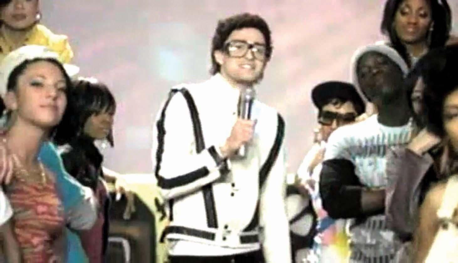 "... Image 4 : Justin Timberlake white leather jacket from Gnarls Barkley "" Run"" video"