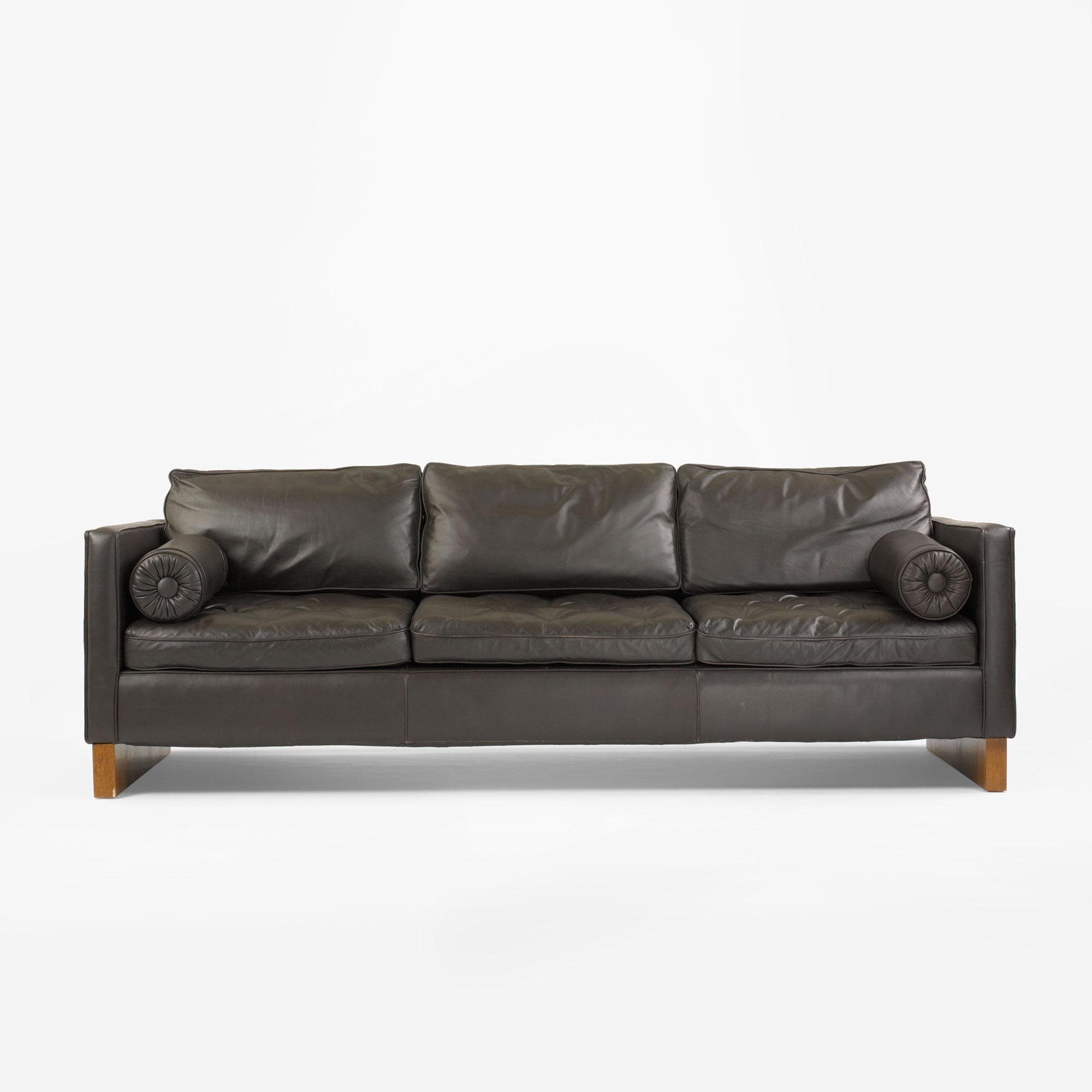 mies van der rohe sofa krefeld sofa hivemodern thesofa. Black Bedroom Furniture Sets. Home Design Ideas