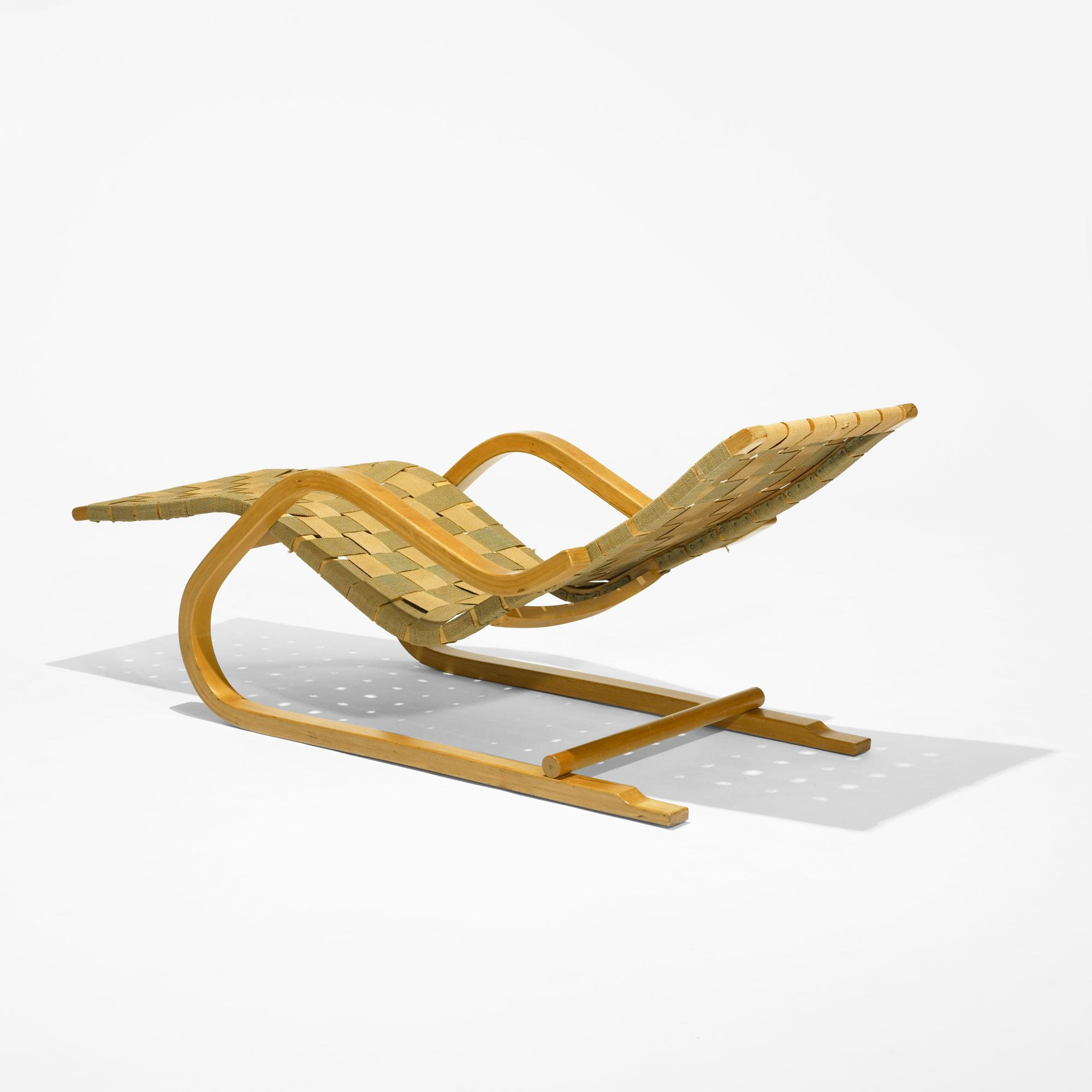 Alvar Aalto Cantilevered Chaise Model 43