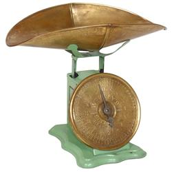 "Wrigley's Chewing Gum counter scale, brass dial embossed ""Wrigley's Spearmint Pepsin Gum"", mint gree"