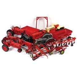 Farm toys (14), Ertl flare wagon, McCormick tractor hoist, Scale Model Case steel wheel, Scale Model