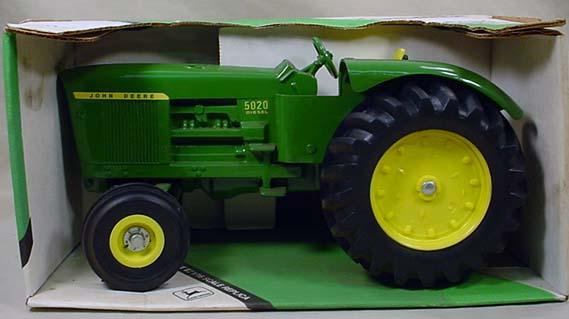 5020 John Deere Battery Box : John deere tractor in orig box scale