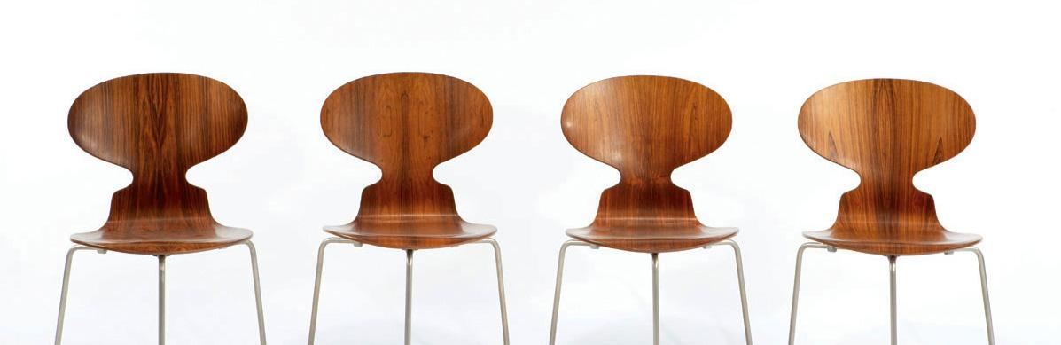 Arne Jacobsen Dining Table 4 Ant Chairs
