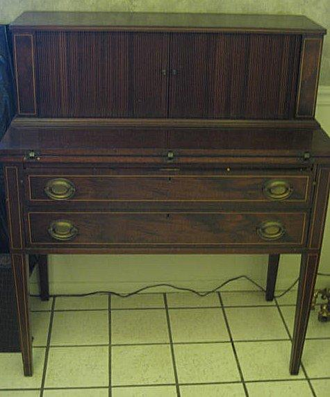 Ashley Furniture In Linden Nj: Duncan Phyfe Style Dining Room Table