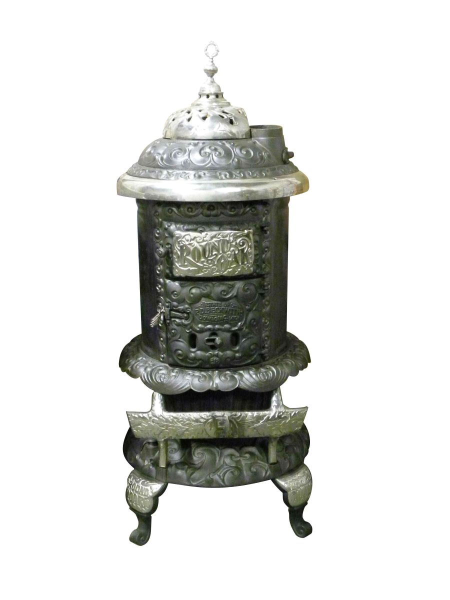 Image 1 : Round Oak Stove, model #E18 - Round Oak Stove, Model #E18
