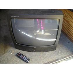 RCA XL100 Commercial skip tv w/remote