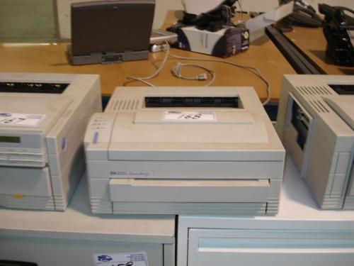 hp laserjet 4l printer able auctions. Black Bedroom Furniture Sets. Home Design Ideas