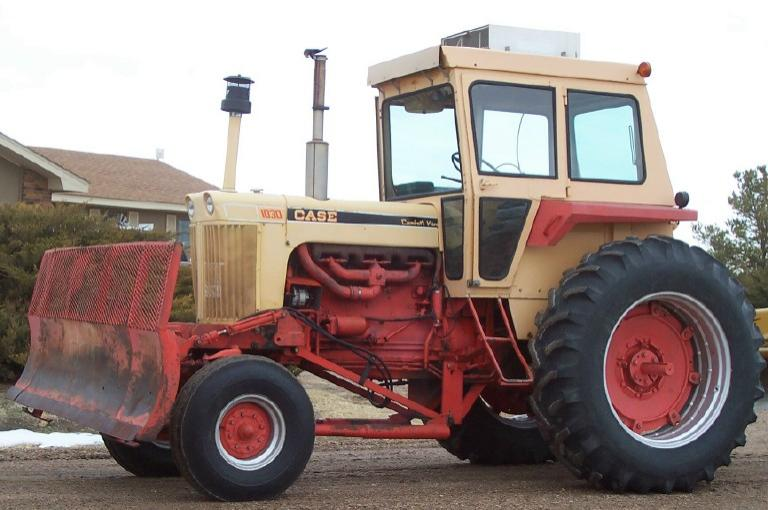 1030 Case Tractor With Loader : Case diesel tractor with front blade