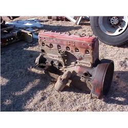 IHC RED DIAMOND 450 GAS TRUCK ENGINE