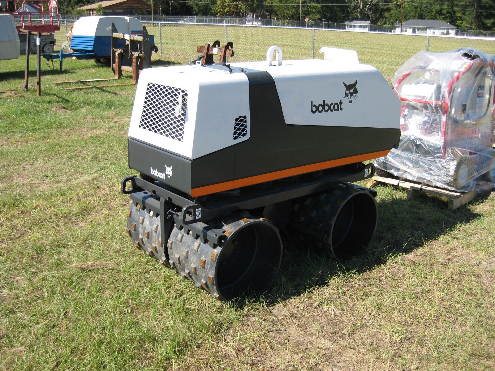 Image 1 : BOBCAT/INGERSOLL-RAND BCT-13 TRENCH COMPACTOR S/N