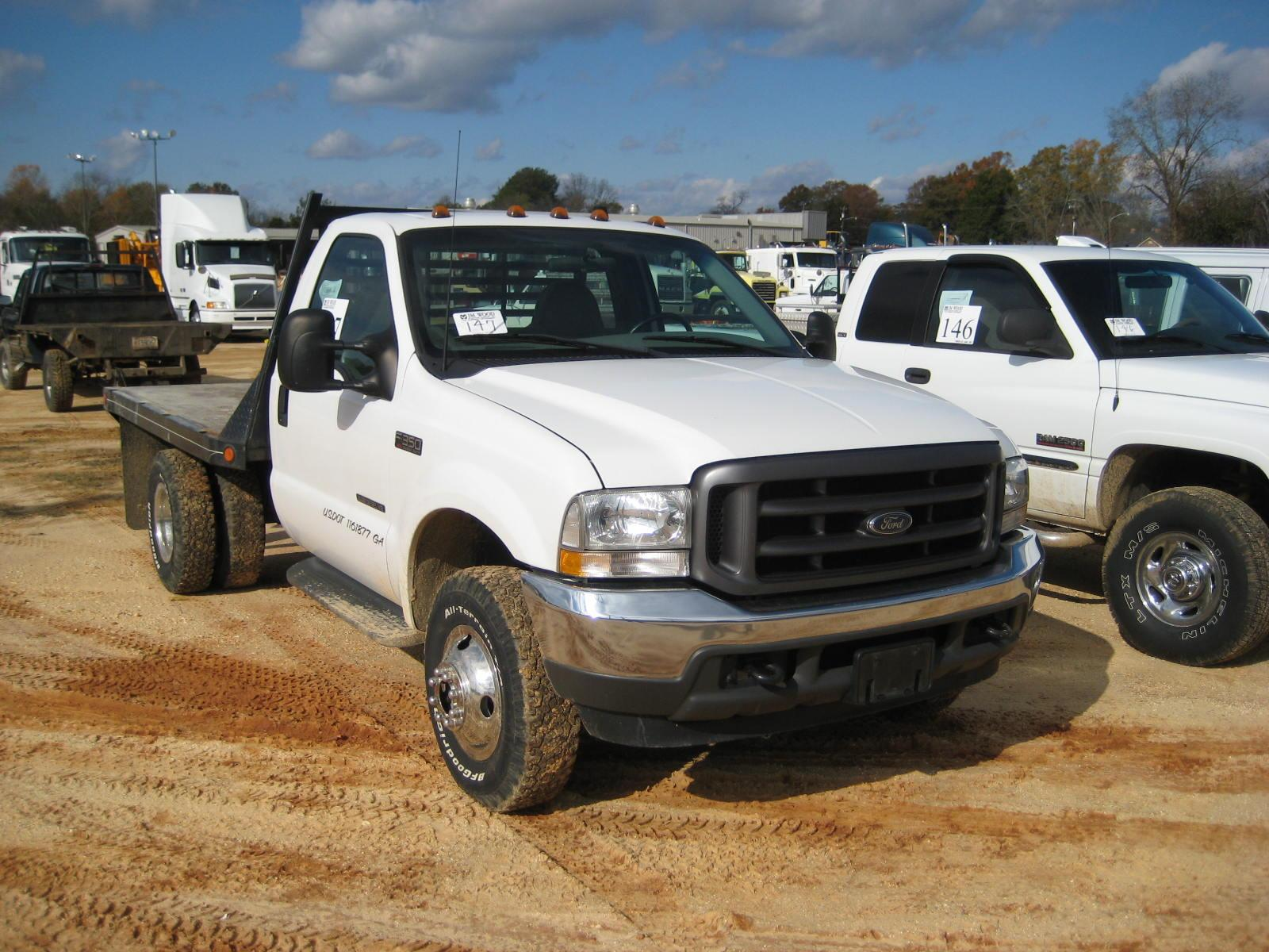 2002 FORD F350 FLATBED