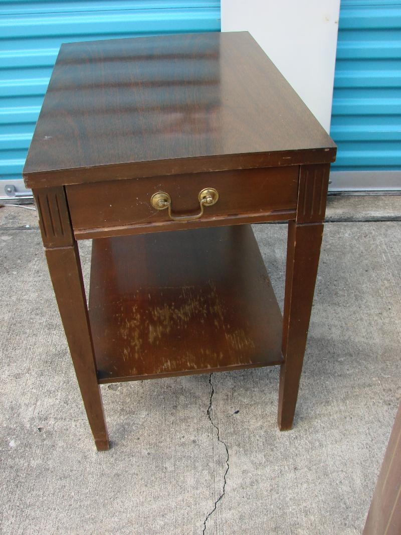 Mersman End Table wDrawer