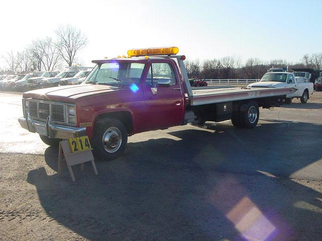 Hauling Lifted Truck On A Rollback 4x4 And Off