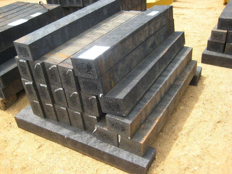 (1) LOT PLASTIC LANDSCAPE TIMBERS. Loading zoom - 1) LOT PLASTIC LANDSCAPE TIMBERS