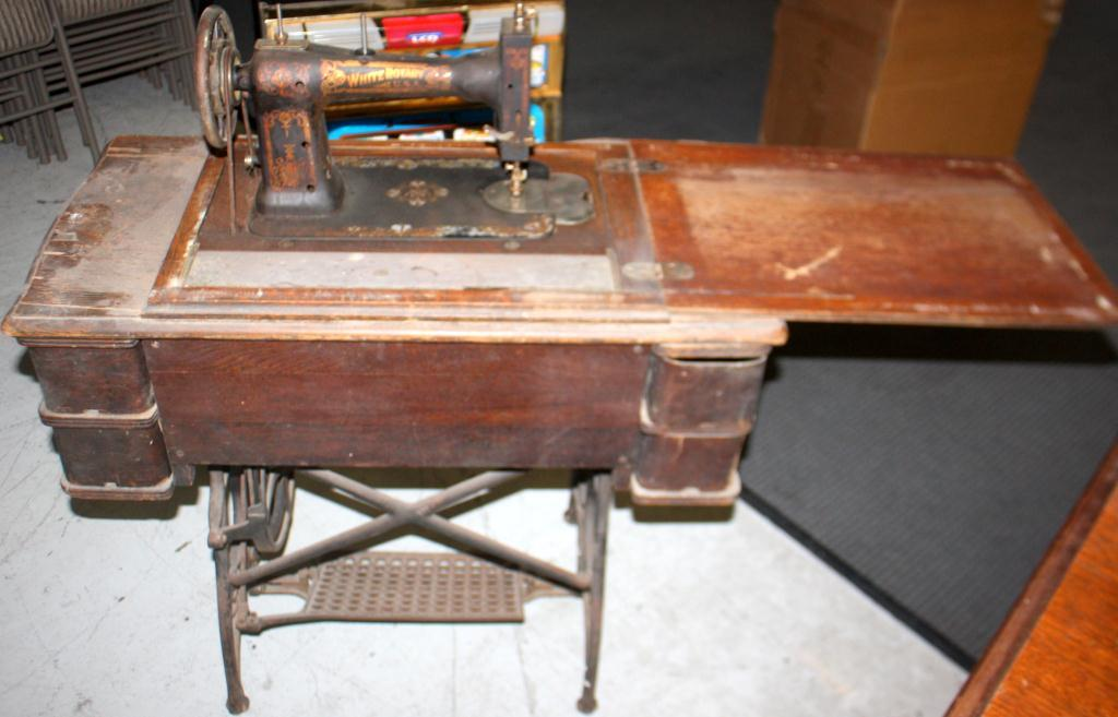40 Antique White Rotary Sewing Machine Awesome White Rotary Sewing Machine Table