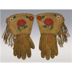 Shoshone Beaded Gloves, C. 1930s, fine condition