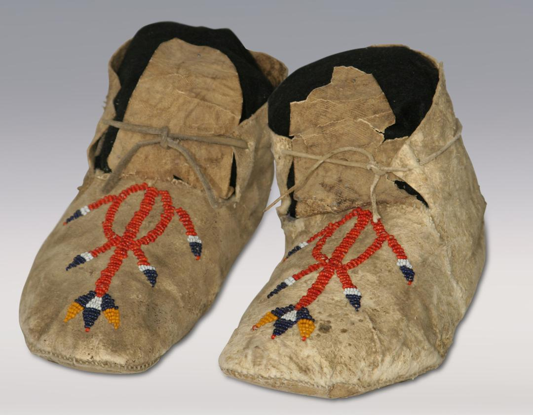 Northern Plains Indian Beaded Moccasins 19th Century