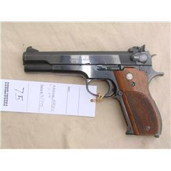 S&W MODEL 52-1, IN 38 MID RANGE WAD CUTTER CAL,  EXCELLENT GRIPS, SEEN SOME USAGE, GREAT SHOOTER  GR