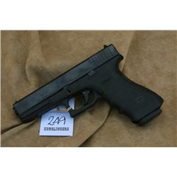 GLOCK MODEL 22, 40 CAL, AS NEW IN BOX(H)A4604,  HUF465