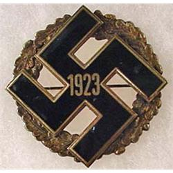 RARE 1923 GERMAN NAZI PARTY GAU BADGE
