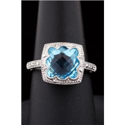 Very High Quality 10K WG Ladies Ring Antique design fine set with a checkerboard cut blue topaz weig
