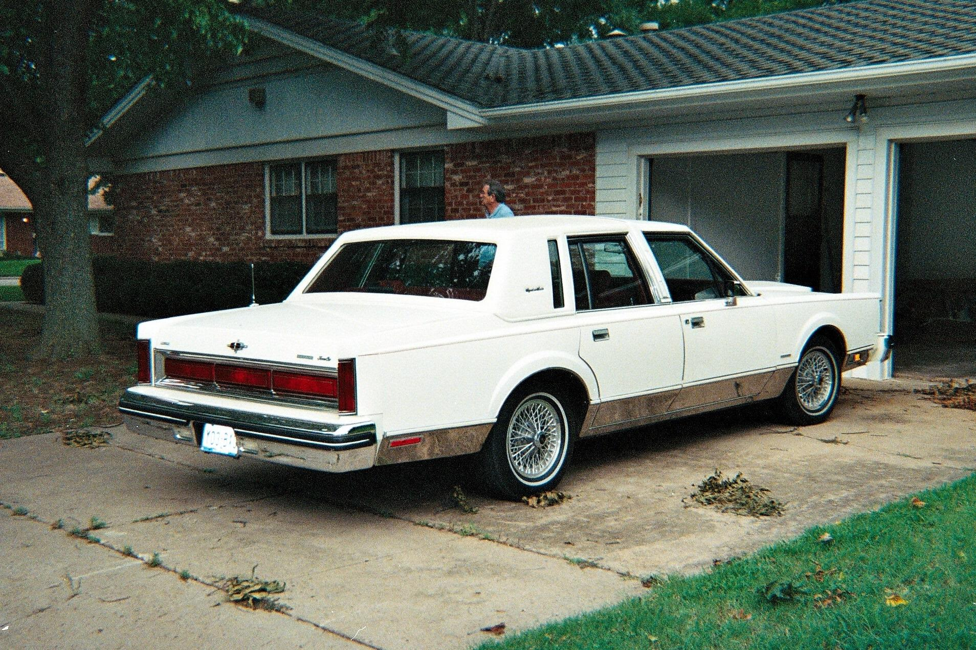 1983 Lincoln Town Car Signature Series
