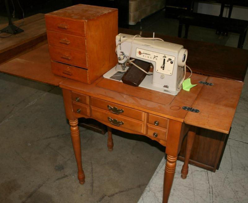 1948 singer sewing machine in cabinet value