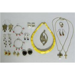 Mixed Lot 13 Pieces Jewelry