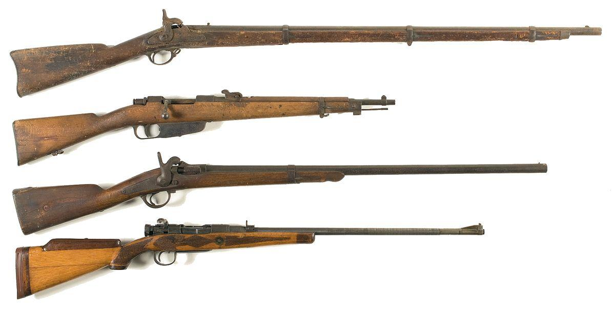 Union Civil War Weapons on enfield cap