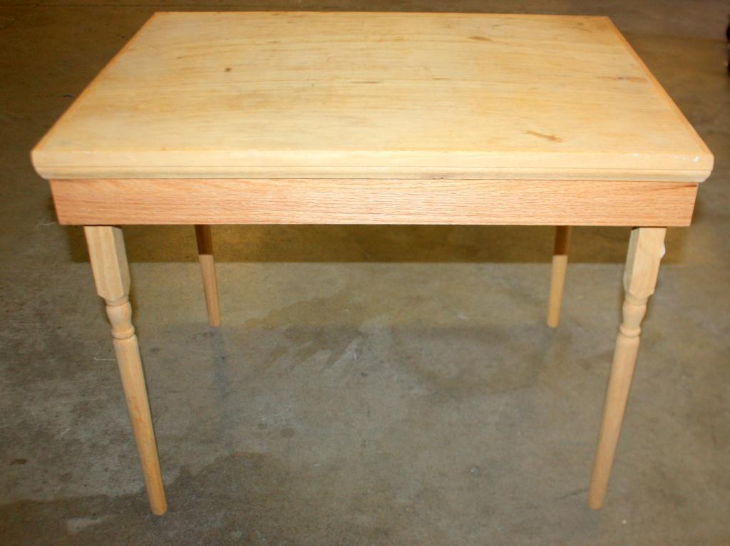1 Small Wood Table