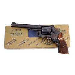 Smith & Wesson Mdl K22 Cal .22 SN:K44909 Post WWII, early K frame, double action 6 shot target revol