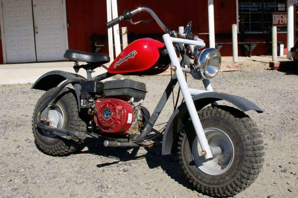 Red Mini Bike Honda Type Motor In Running Condition