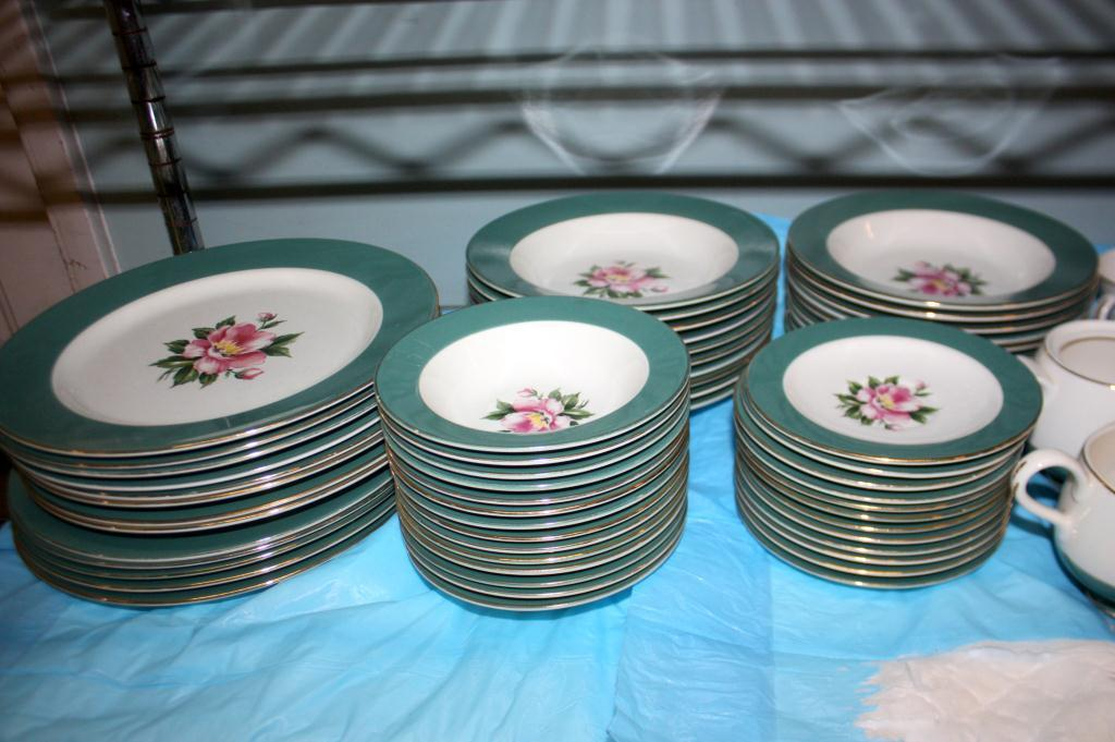 ... Image 2  Set of Semi Vitreous Dinnerware Empire Green ... & Set of Semi Vitreous Dinnerware Empire Green