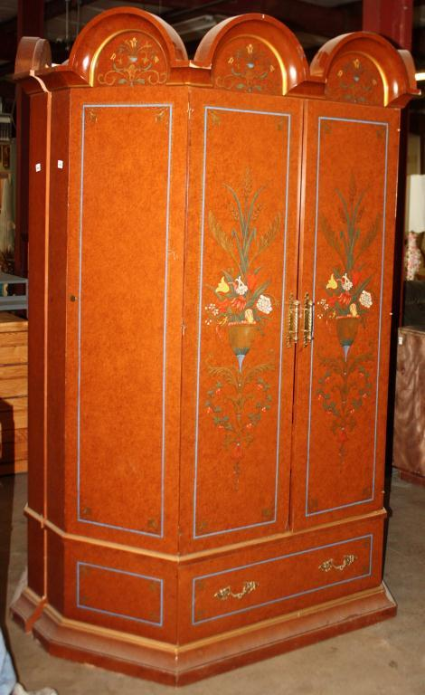 ... Image 4 : Drexel Heritage Armoire 100 Year Furniture Rating