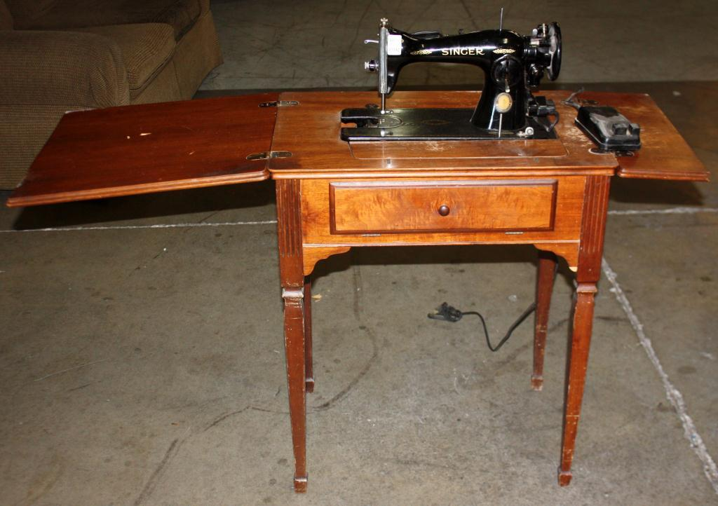 Antique Singer Sewing Machine Interesting Antique Singer Sewing Machine In Cabinet For Sale