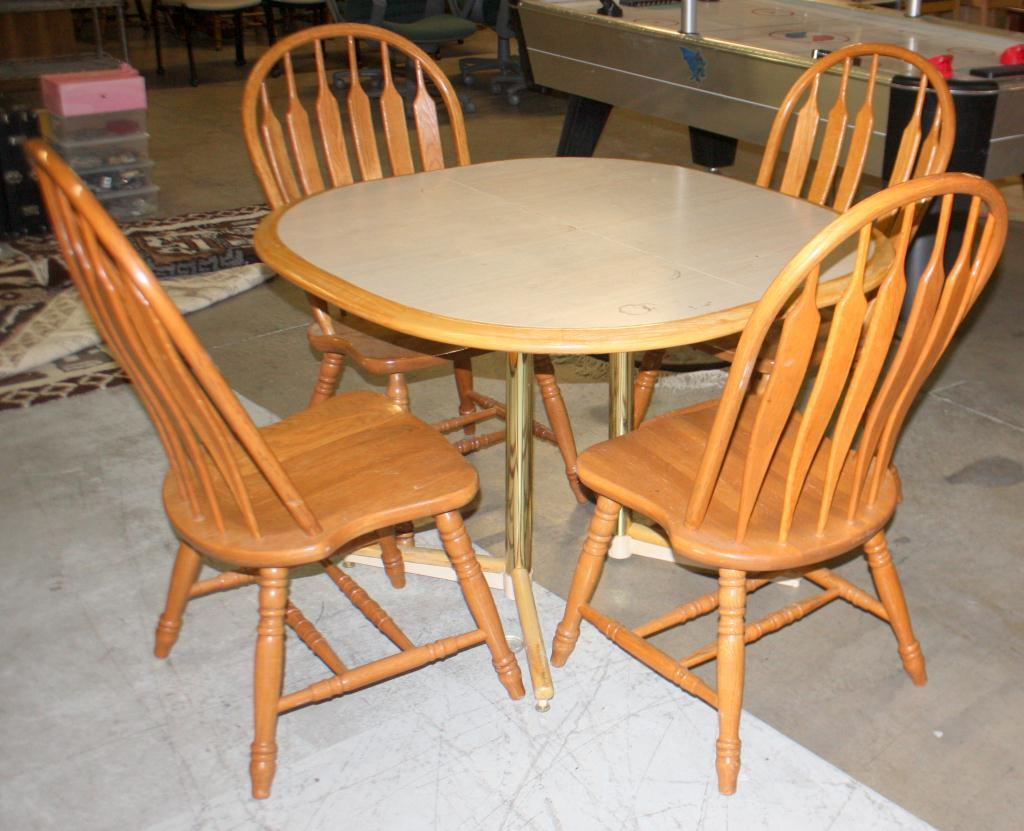 Wooden chairs for dining table - Image 1 Wooden Dining Table 4 Wooden Chairs