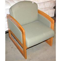 1 Green Cloth Chair